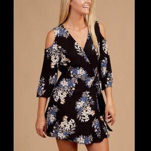 Altar'd state cold shoulder wrap floral dress sz m